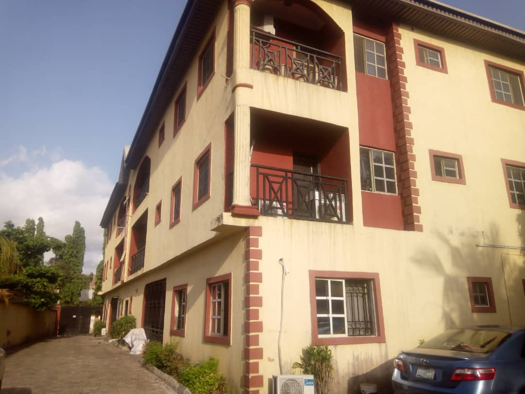 Decent Three Bedroom Flat at Lekki